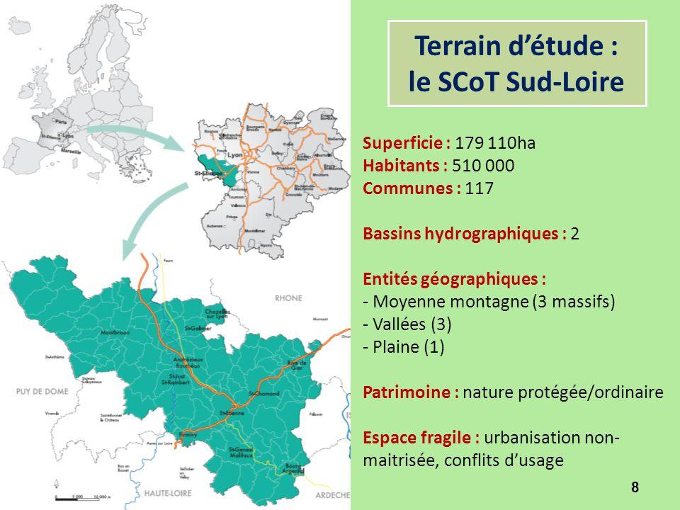 Terrain d'étude : le SCoT Sud-Loire 8 Superficie : 179 110ha Habitants : 510 000 Communes : 117 Bassins hydrographiques : 2 Entités géographiques : -