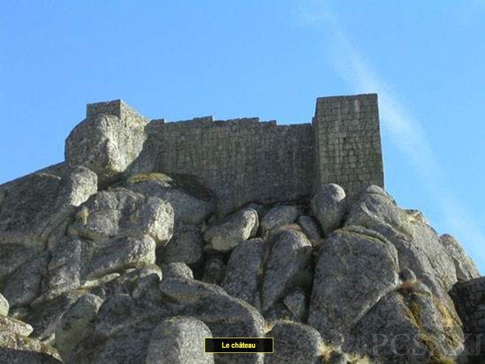 Chemin vers le château