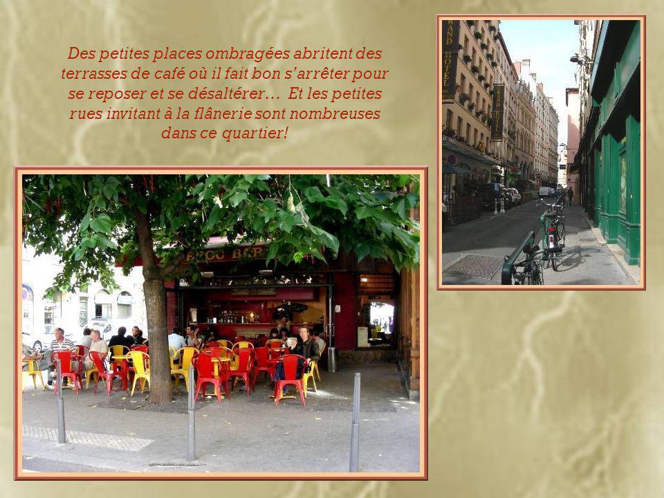 Sur la place Meissonnier, Lyon a voulu honorer l'un de ses citoyens méritants.