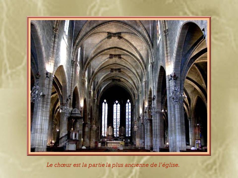 Après la pause, l'église Saint- Bonaventure… Elle seule subsiste du couvent des Franciscains (ou Cordeliers à cause de la corde qui leur servait de ceinture).
