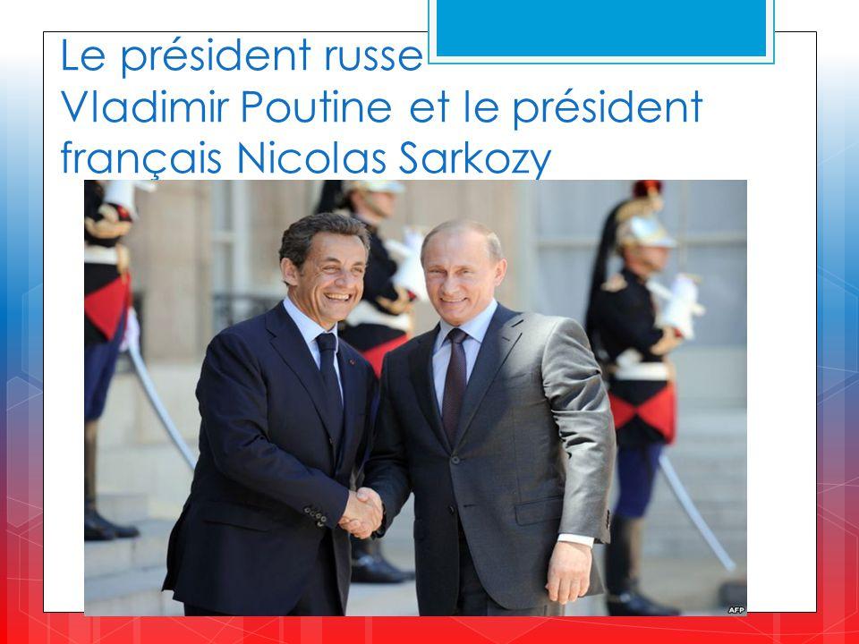 Le président russe Vladimir Poutine et le président français Nicolas Sarkozy