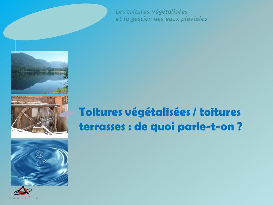 Les toitures végétalisées et la gestion des eaux pluviales Pluie (P) Ruissellement par la surface (Rs) Ruissellement après infiltration (Ri) Ruissellement (R) Rétention Ret Evapotranspiration (ETP) P = ETP + Ret + Rs + Ri La gestion des EP sur une toiture