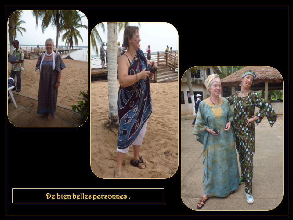 Quelques personnalités en costume pour les fêtes d' Awilé.