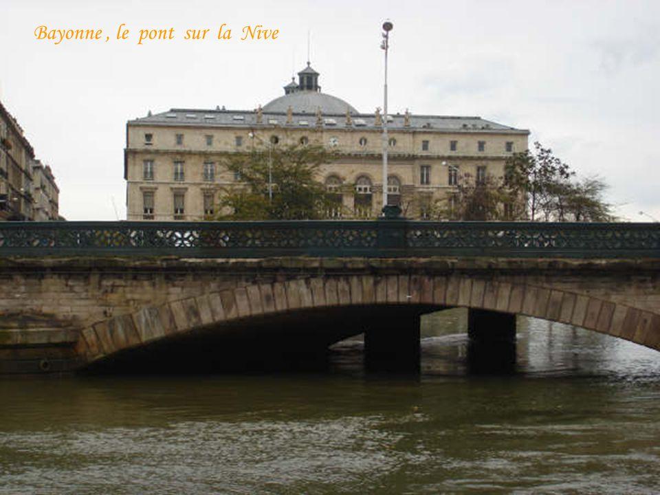 Bayonne, le pont sur la Nive