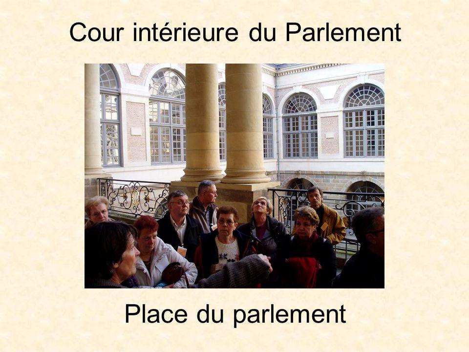 Film sur l'incendie du Parlement Office du tourisme: rue Saint Yves