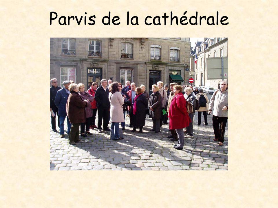 Angle des rues de la Psalette et du Chapitre