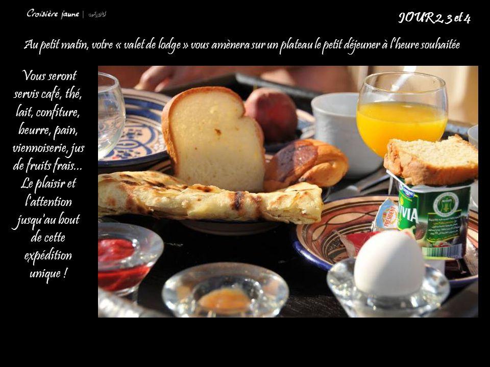 Au petit matin, votre « valet de lodge » vous amènera sur un plateau le petit déjeuner à l'heure souhaitée JOUR 2, 3 et 4 Vous seront servis café, thé, lait, confiture, beurre, pain, viennoiserie, jus de fruits frais...