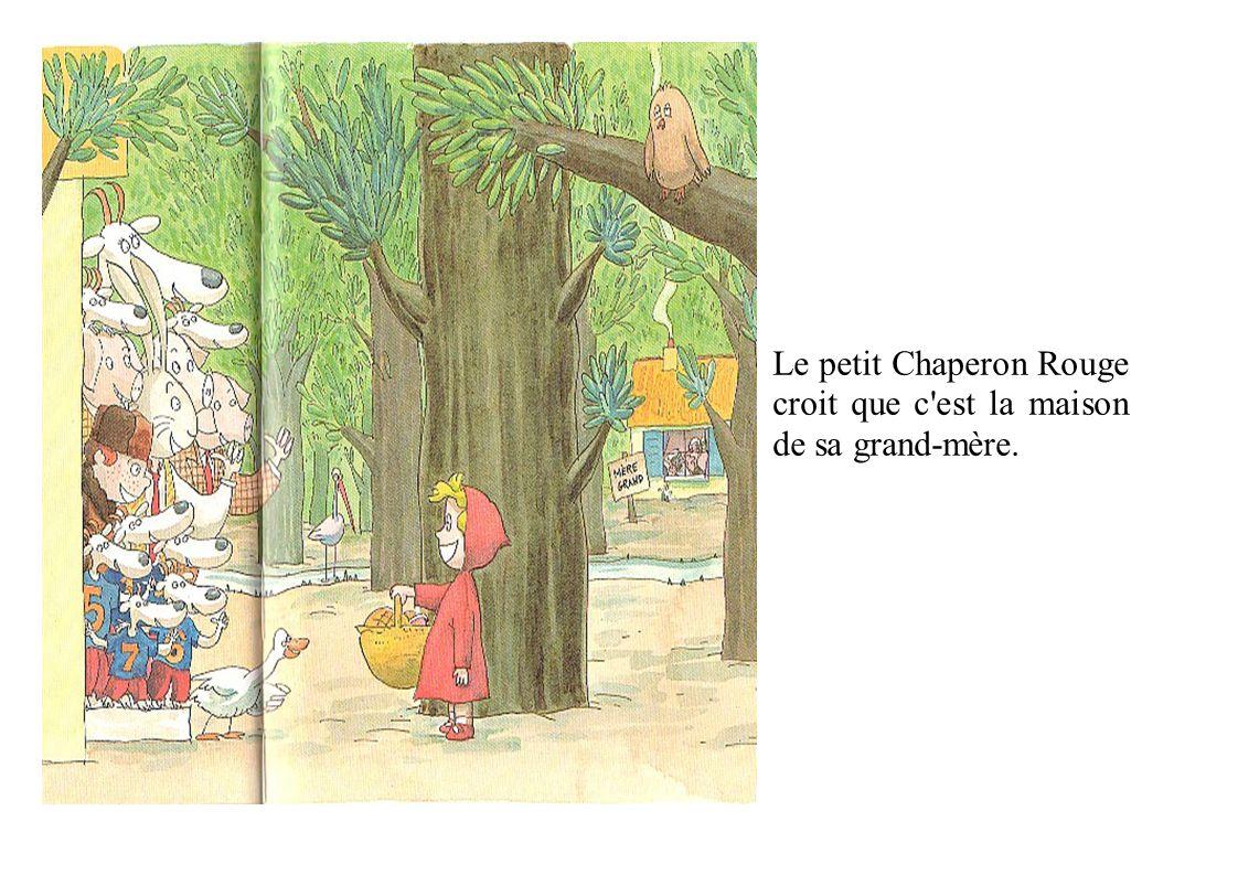 Le petit agneau montre le journal au lapin. Il a peur du loup.