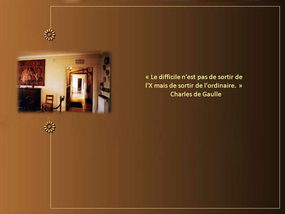 « Comme un homme politique ne croit jamais ce qu'il dit, il est étonné quand il est cru sur parole. » Charles de Gaulle
