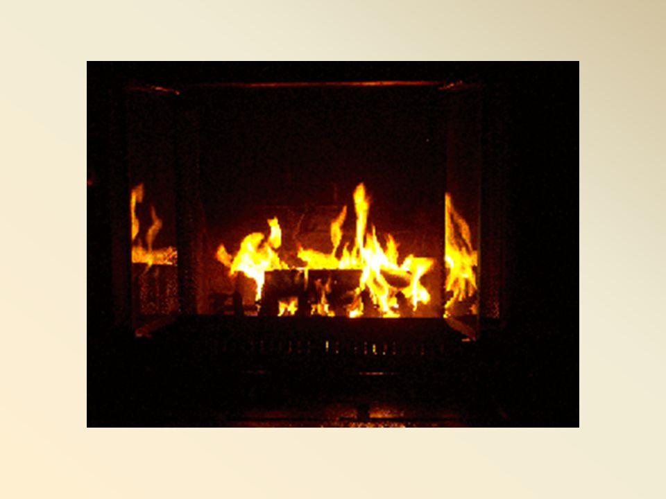 Te souviens-tu mon amour Tu mettais le feu dans la cheminée Nous-nous étendions sur notre épaisse peau d'ours Tout en écoutant le crépitement du bois qui brûlait Dans tes yeux je voyais une flamme Celle-là qui pétillait pour moi, pour notre amour.