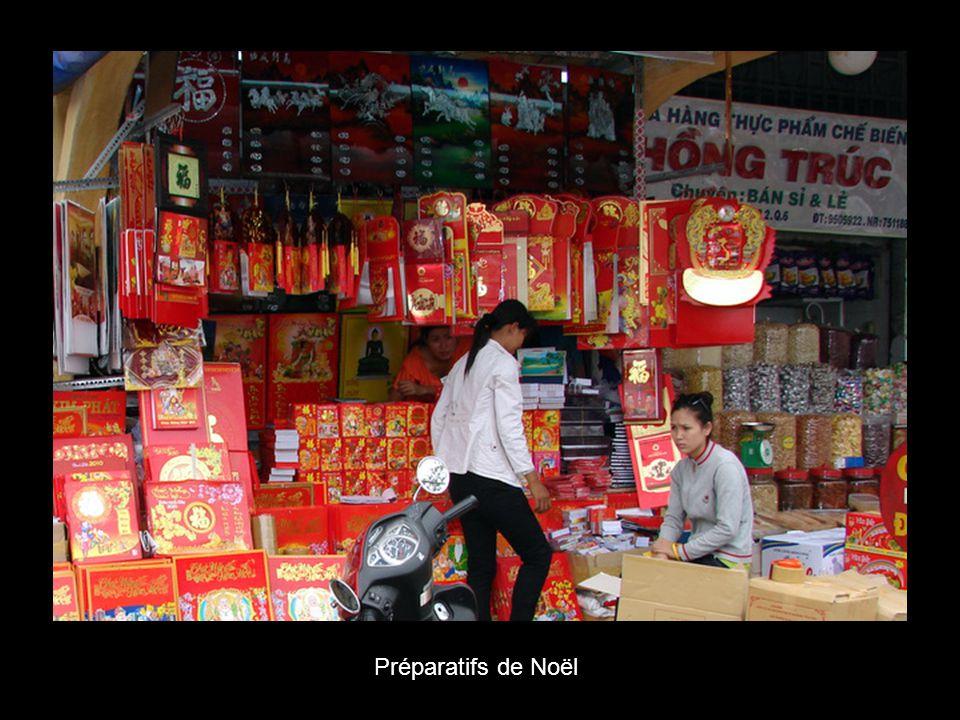 Marchand chinois qui finança la construction du marché Binh Tay