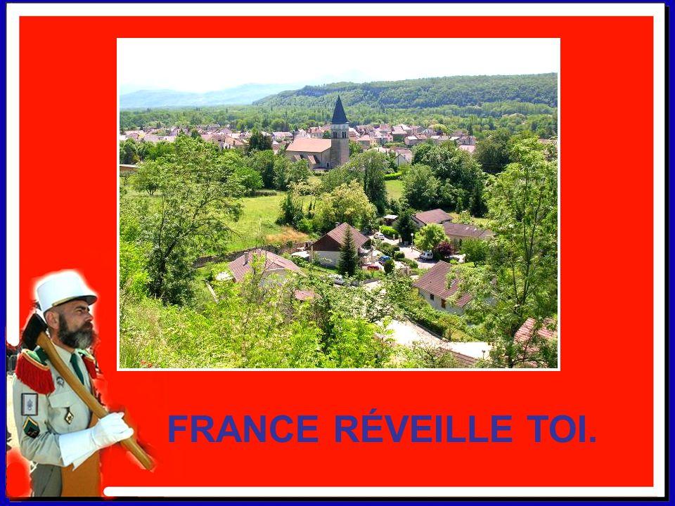 FAITES DONNER LA LÉGION. Ma France c'est un village surmonté d'un clocher. Et non pas un fondouk doté d'un minaret. Nul ne veut un imam à la place d'u