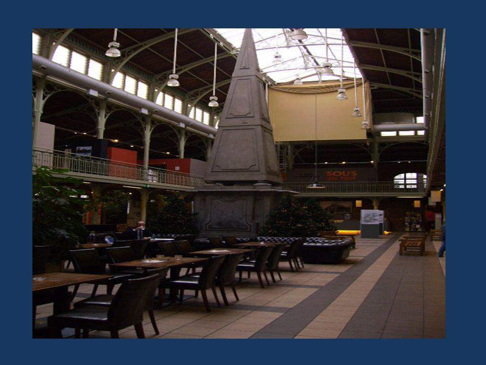 L'Eléphant, l'une des trois Locomotives du 1 er « Raillway » En mai 1835 (Bruxelles >>>>Malines)