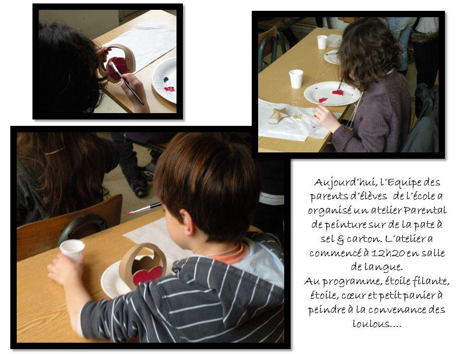 Aujourd'hui, l'Equipe des parents d'élèves de l'école a organisé un atelier Parental de peinture sur de la pate à sel & carton. L'atelier a commencé à