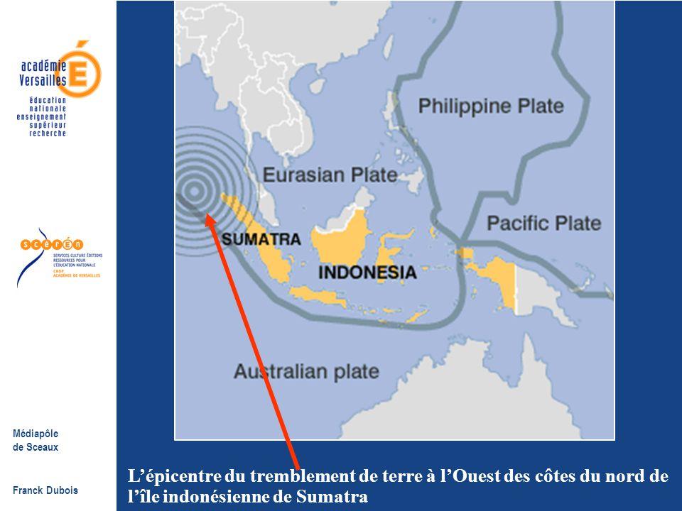 Médiapôle de Sceaux Franck Dubois The seismograph recording of the earthquake L'enregistrement du tremblement de terre sur un sismographe