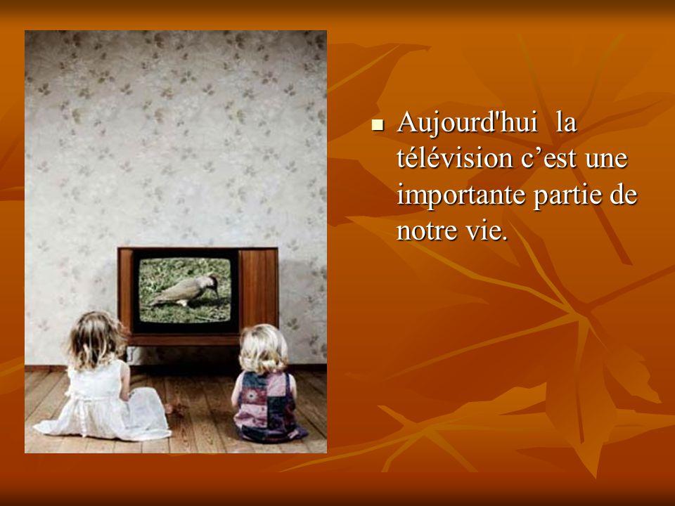 Avec l aide de la télé on peut apprendre beaucoup de choses, on peut se trouver à la place des personnages, on peut recevoir des conseils...