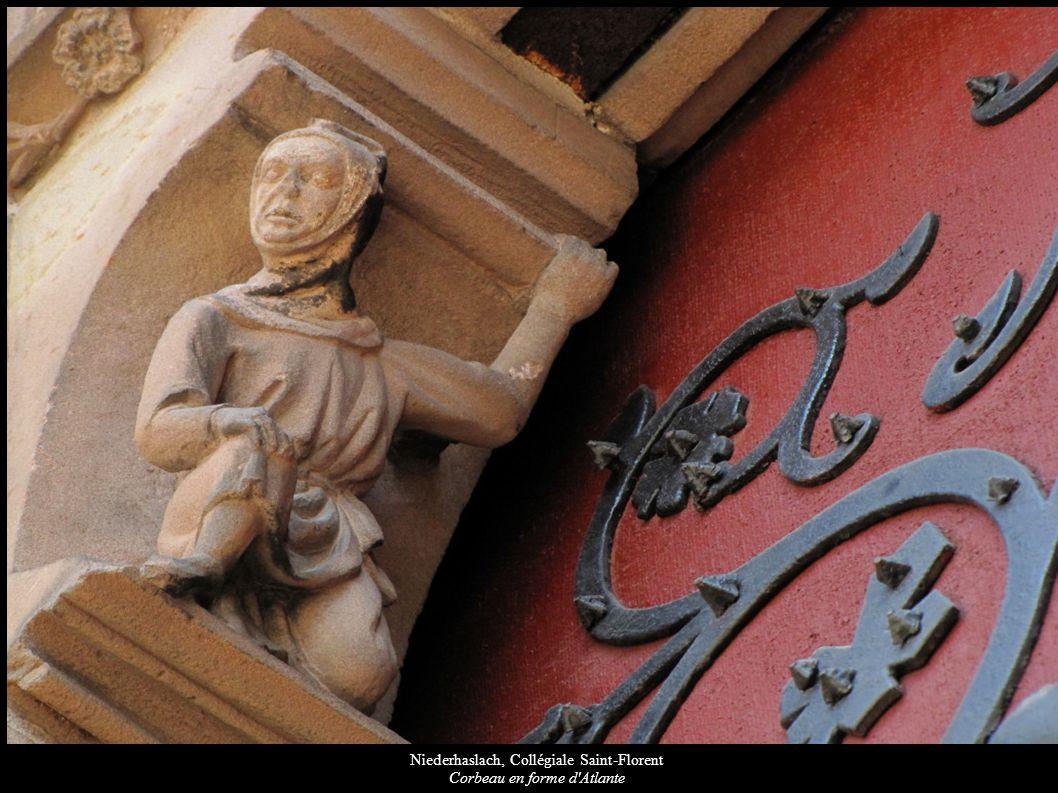 Niederhaslach, Collégiale Saint-Florent Corbeau en forme d'Atlante