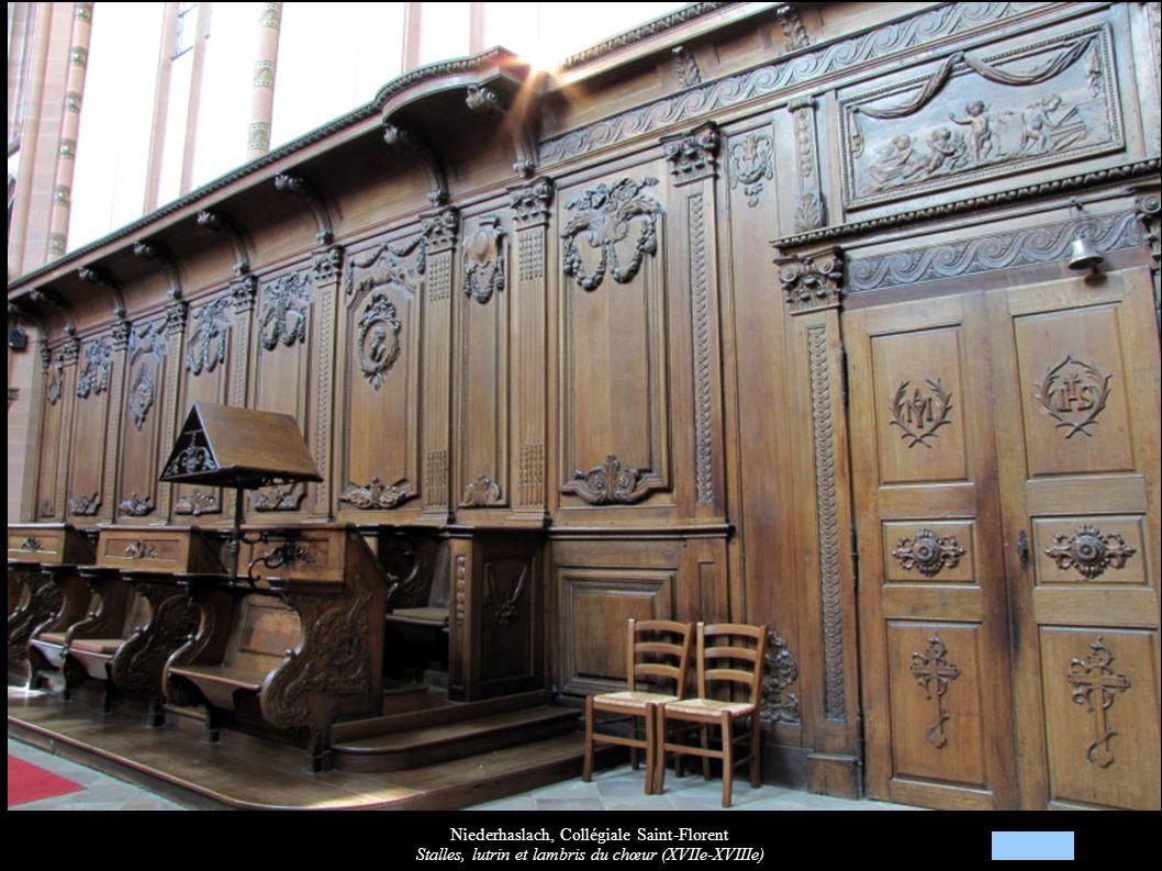 Niederhaslach, Collégiale Saint-Florent Stalles, lutrin et lambris du chœur (XVIIe-XVIIIe)