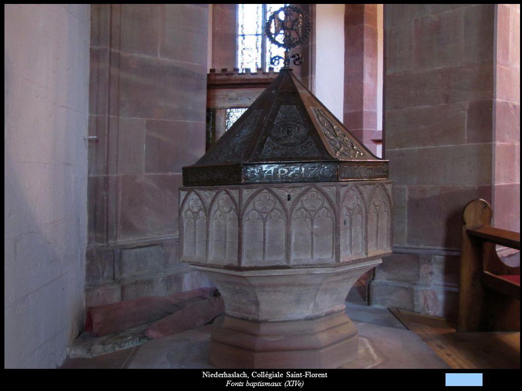 Niederhaslach, Collégiale Saint-Florent Fonts baptismaux (XIVe)