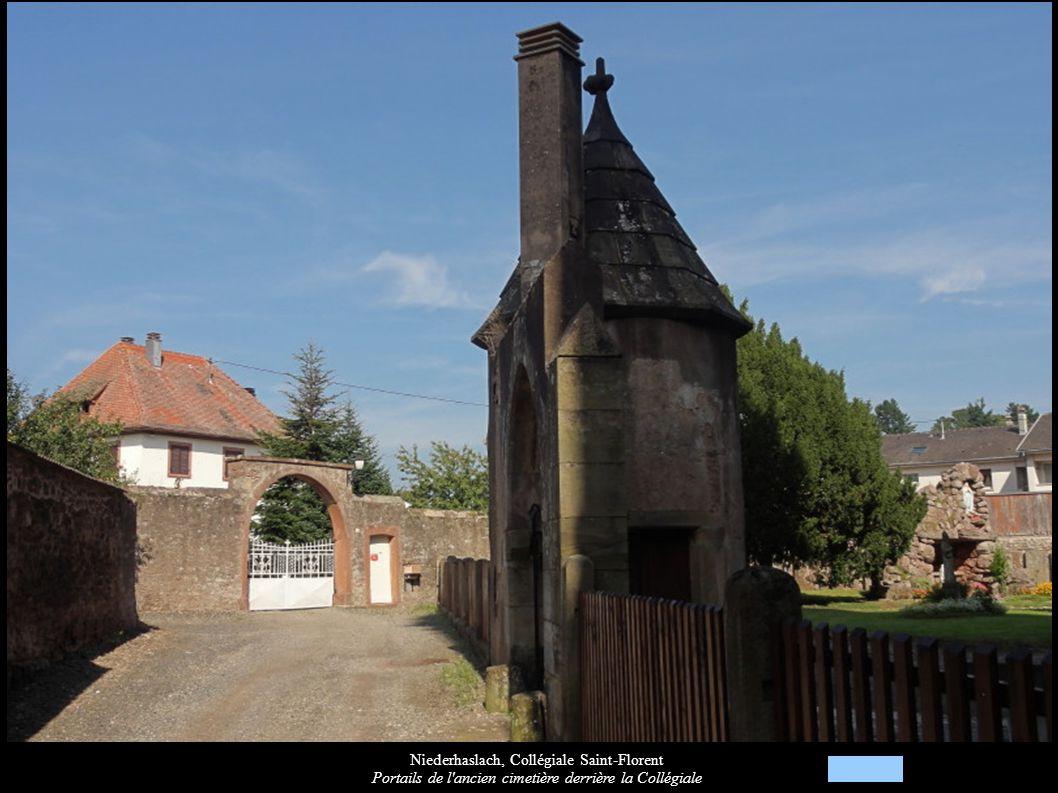 Niederhaslach, Collégiale Saint-Florent Portails de l'ancien cimetière derrière la Collégiale