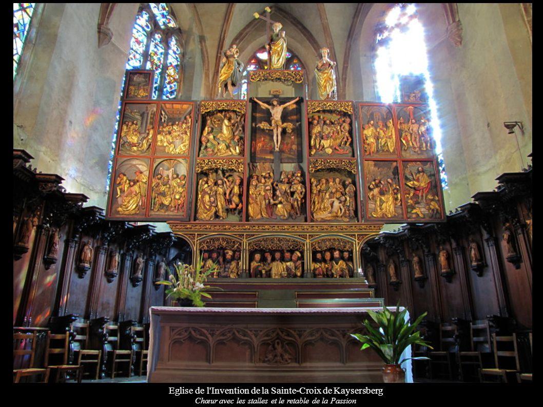 Eglise de l Invention de la Sainte-Croix de Kaysersberg Chœur avec les stalles et le retable de la Passion