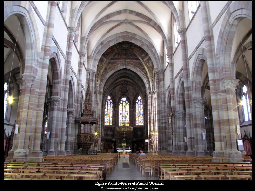Eglise Saints-Pierre et Paul d'Obernai Vue intérieure de la nef vers le chœur