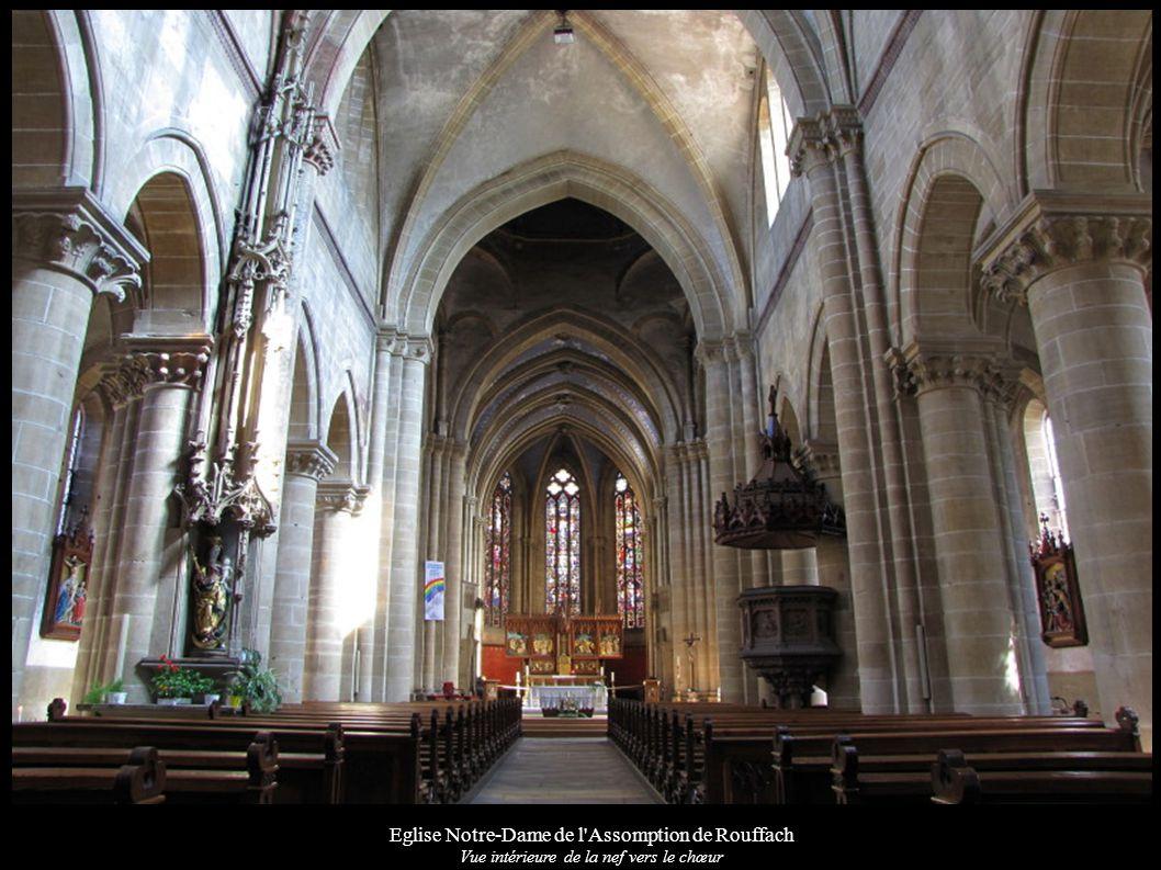 Eglise Notre-Dame de l'Assomption de Rouffach Vue intérieure de la nef vers le chœur