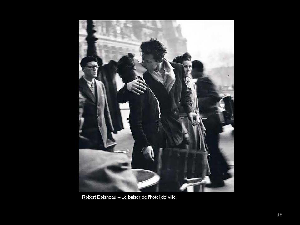 Robert Doisneau – Le baiser de l'hotel de ville 15