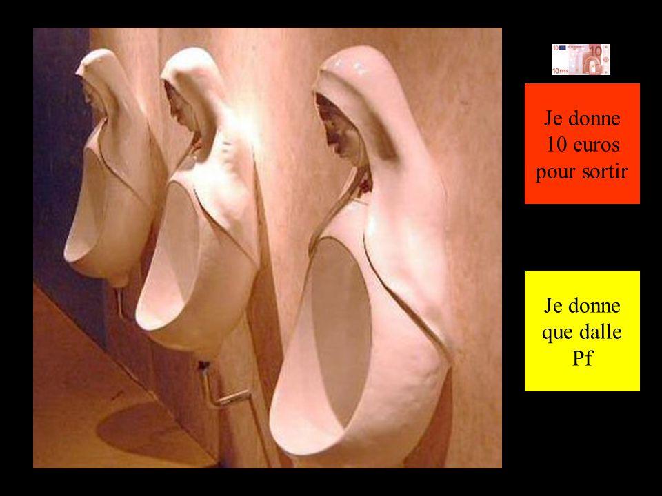 Toilettes publiques Le Pape sur son trône ! Les wc gratuits Suite de la visite !