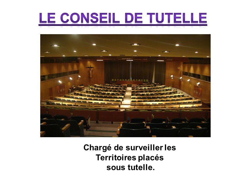 Tour du secrétariat Chargé du bon fonctionnement de l'ONU. Il est au service des autres organes et applique leurs décisions.