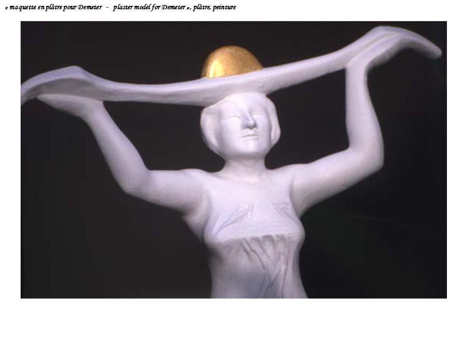 « maquette en plâtre pour Demeter - plaster model for Demeter », plâtre, peinture