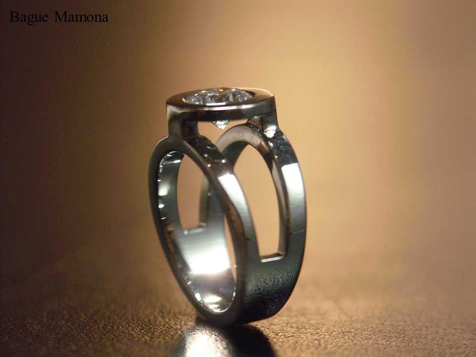Bague Mamona, or blanc et diamant 1,09 carats.