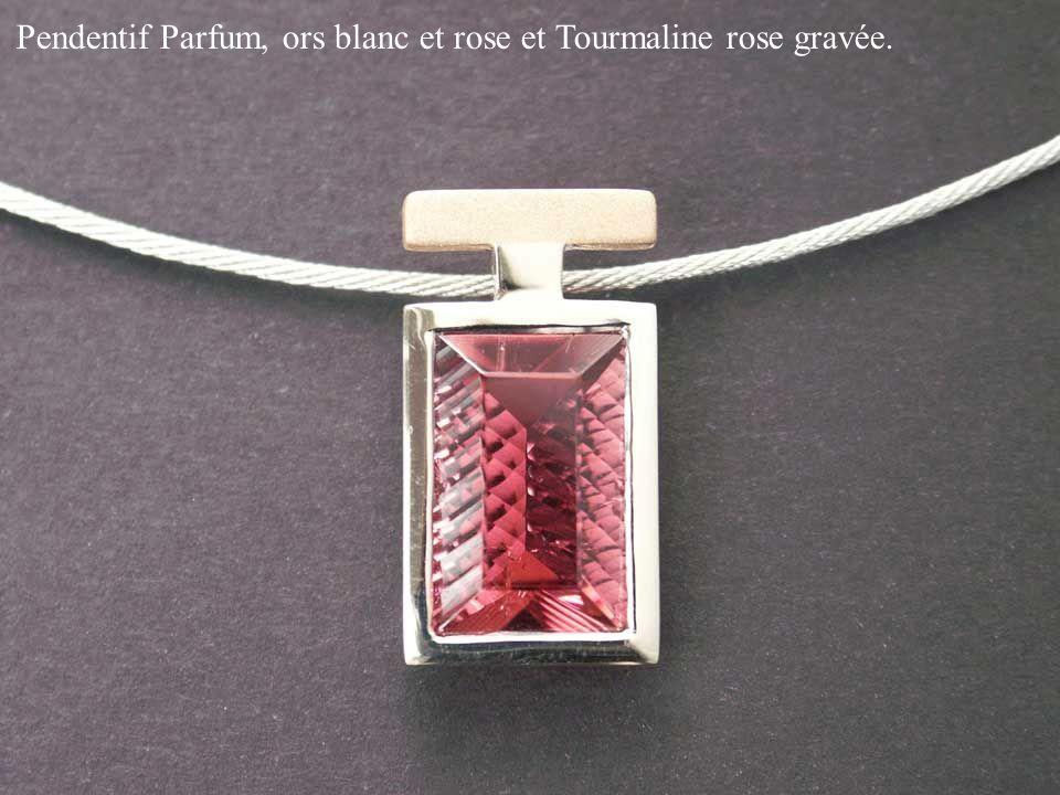Pendentif Parfum, ors blanc et rose et Tourmaline rose gravée.