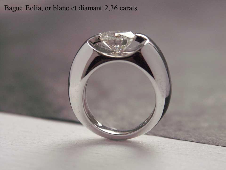 Bague Vana, ors blanc, jaune et rose, émeraude 1,65 carats.