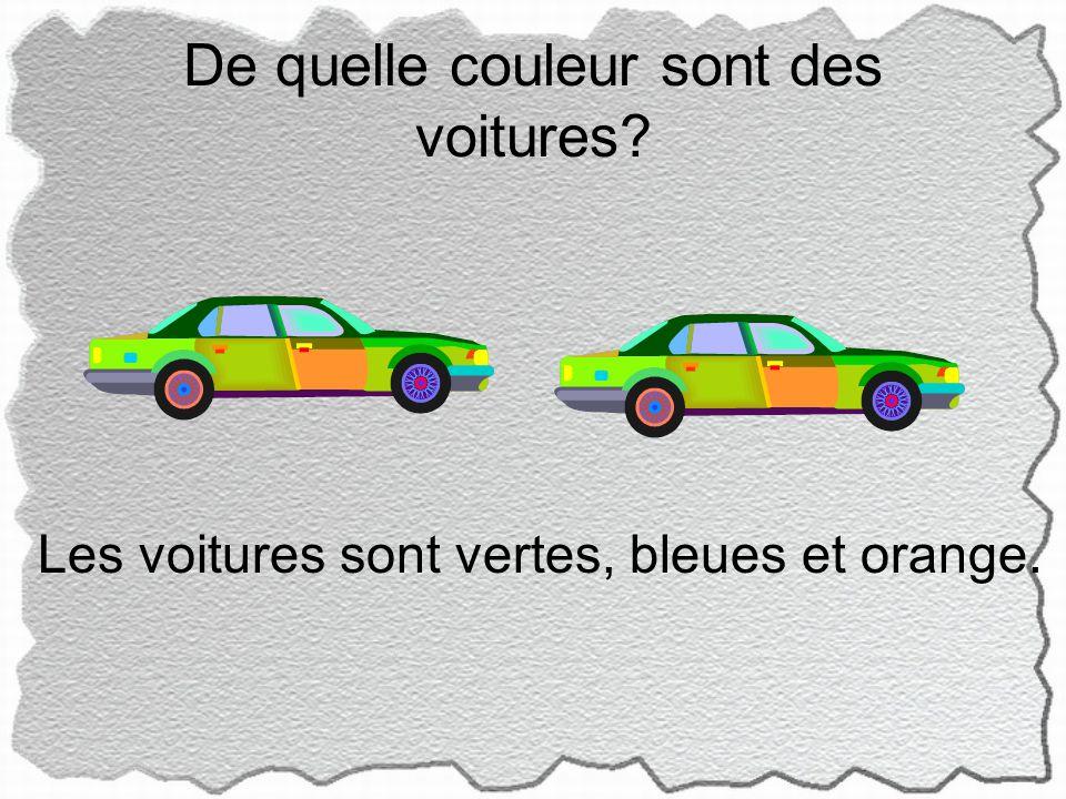 De quelle couleur sont des voitures Les voitures sont vertes, bleues et orange.