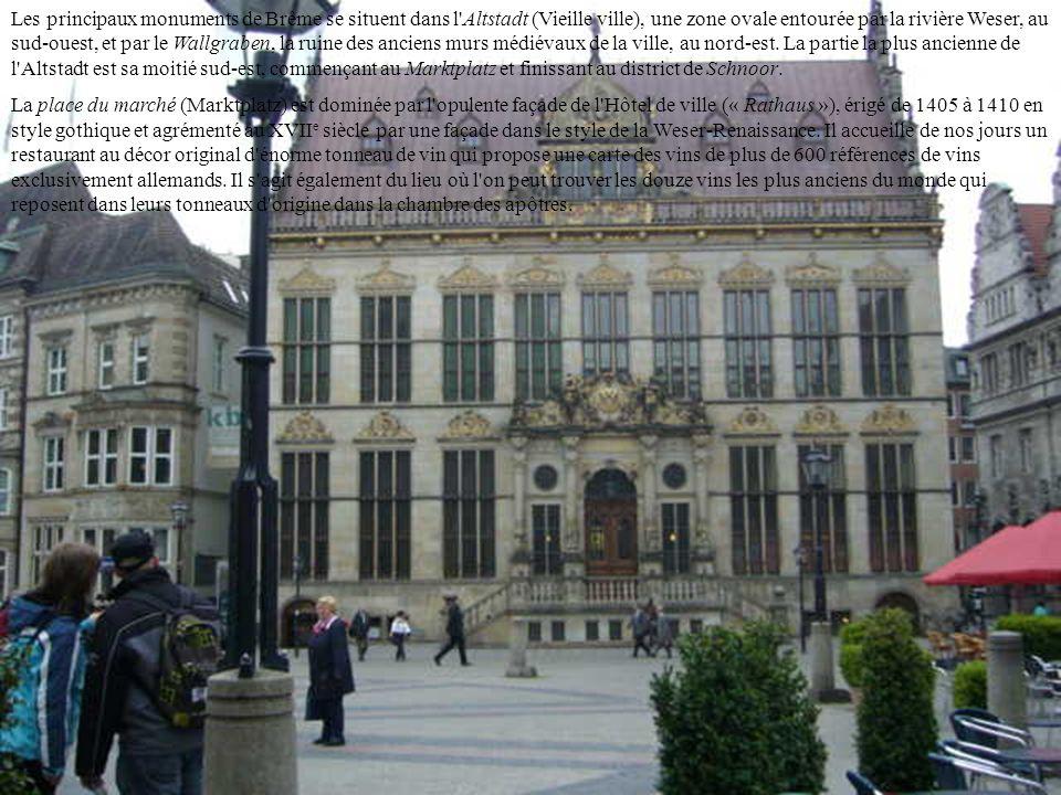 BIENVENUE A BREME date de création non connue mais devient évêché en 788. Au XII e siècle, la puissance des évêques fut concurrencée par celle d'Henri