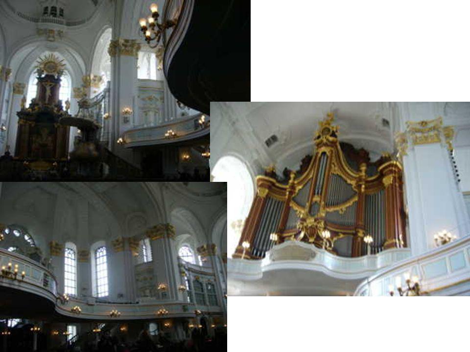 St. Michel, construit de 1751 à 1762, n'est pas seulement l'église baroque la plus remarquable d'Allemagne du Nord, elle possède également le plus hau