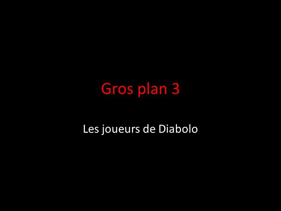 Gros plan 3 Les joueurs de Diabolo