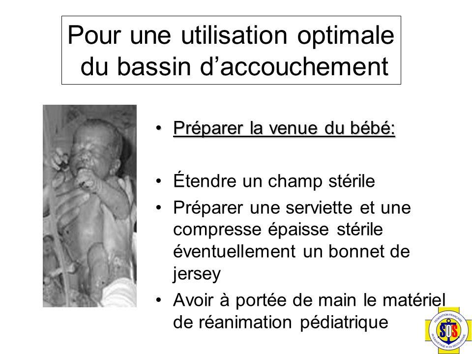 Préparer la venue du bébé:Préparer la venue du bébé: Étendre un champ stérile Préparer une serviette et une compresse épaisse stérile éventuellement u