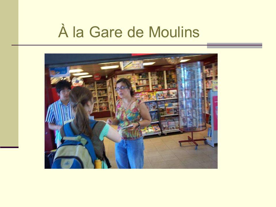 À la Gare de Moulins