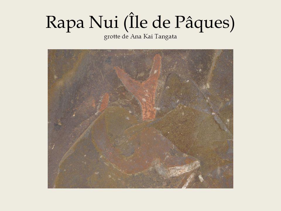 Rapa Nui (Île de Pâques) grotte de Ana Kai Tangata