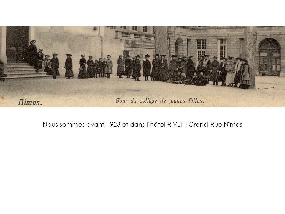 1942 : Les Normaliennes, repliées à Feuchères ont un uniforme un peu fantaisiste… Mais c'est la guerre .