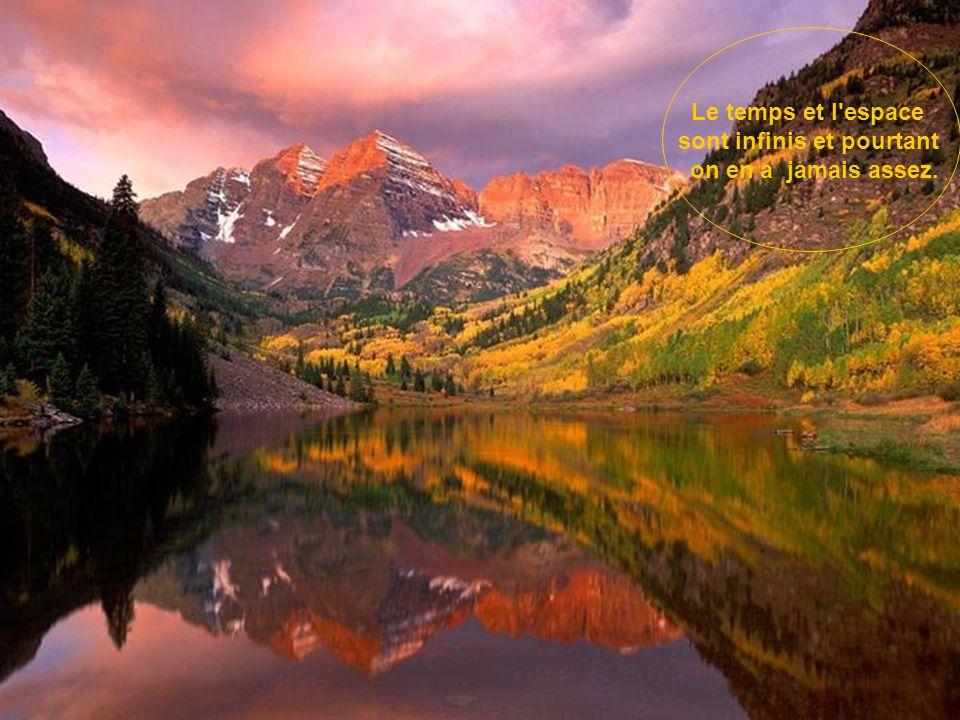 La vie est comme un arc-en-ciel : il lui faut à la fois de la pluie et du soleil pour que ses couleurs apparaissent.