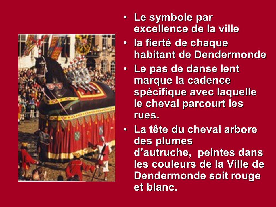 Le symbole par excellence de la villeLe symbole par excellence de la ville la fierté de chaque habitant de Dendermondela fierté de chaque habitant de