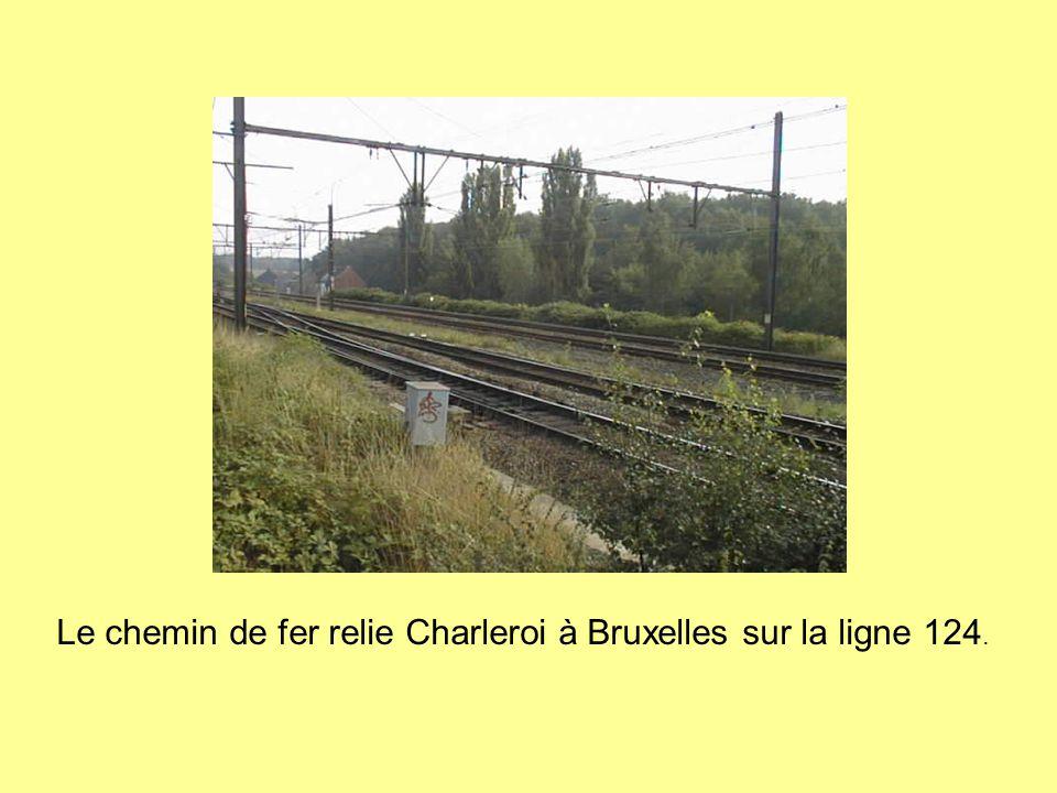 La promenade du Ravel… Une ancienne ligne de chemin de fer désaffactée.
