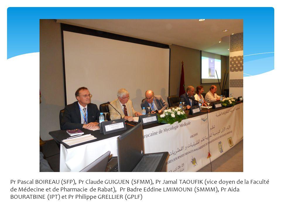 Pr Pascal BOIREAU (SFP), Pr Claude GUIGUEN (SFMM), Pr Jamal TAOUFIK (vice doyen de la Faculté de Médecine et de Pharmacie de Rabat), Pr Badre Eddine L