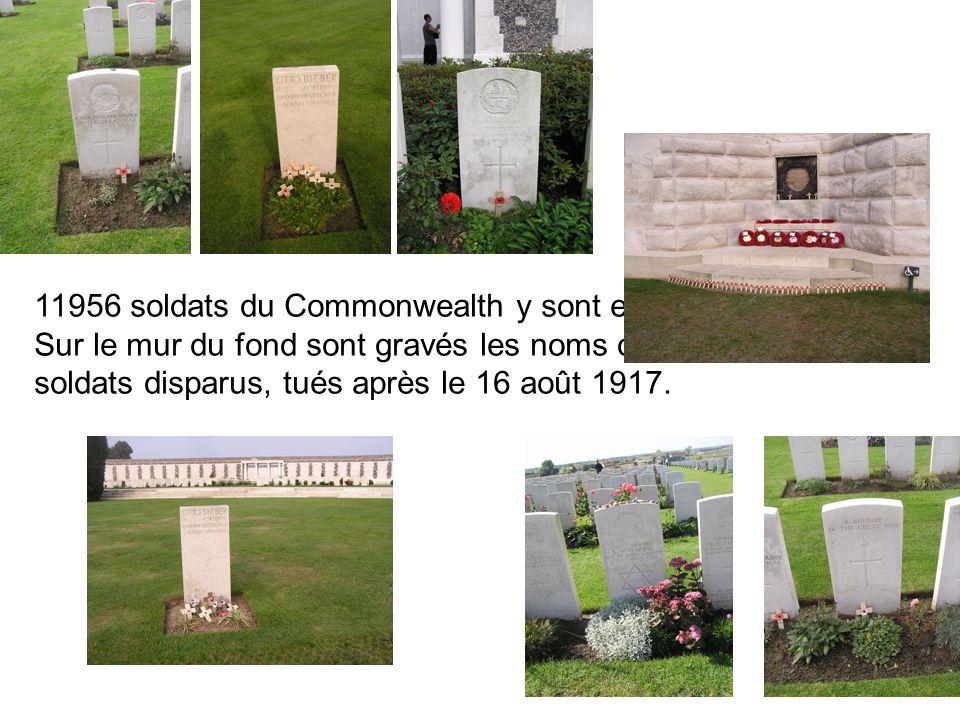 11956 soldats du Commonwealth y sont enterrés. Sur le mur du fond sont gravés les noms de 34957 soldats disparus, tués après le 16 août 1917.