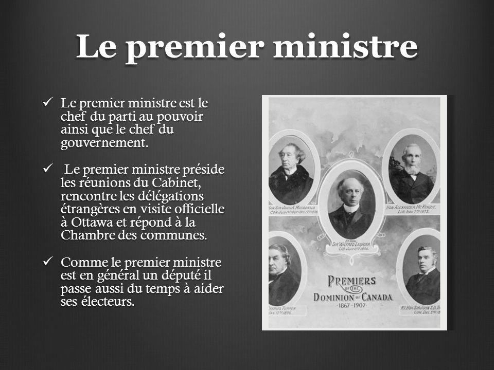 Le premier ministre Le premier ministre est le chef du parti au pouvoir ainsi que le chef du gouvernement. Le premier ministre est le chef du parti au