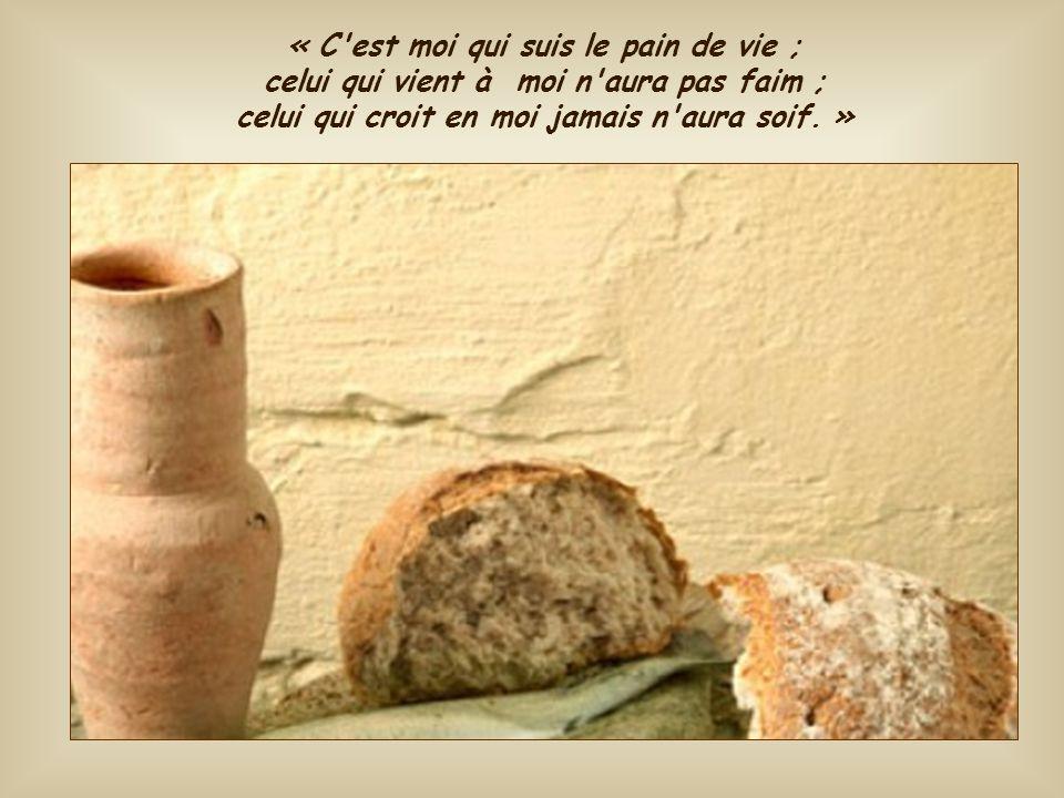 Quand nous sommes nourris de ce pain, aucune autre faim n'a plus de raison d'exister. Tous nos désirs d'amour et de vérité sont rassasiés par celui qu