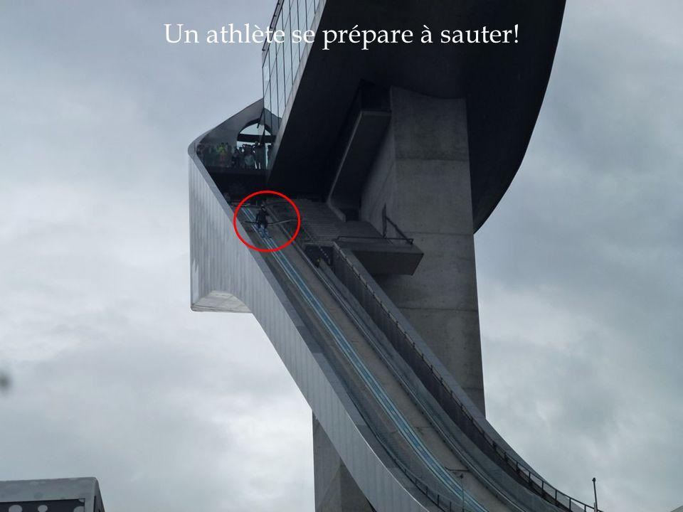 Un athlète se prépare à sauter!